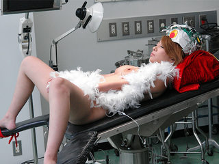 Blonde got fucked in the lab until she came